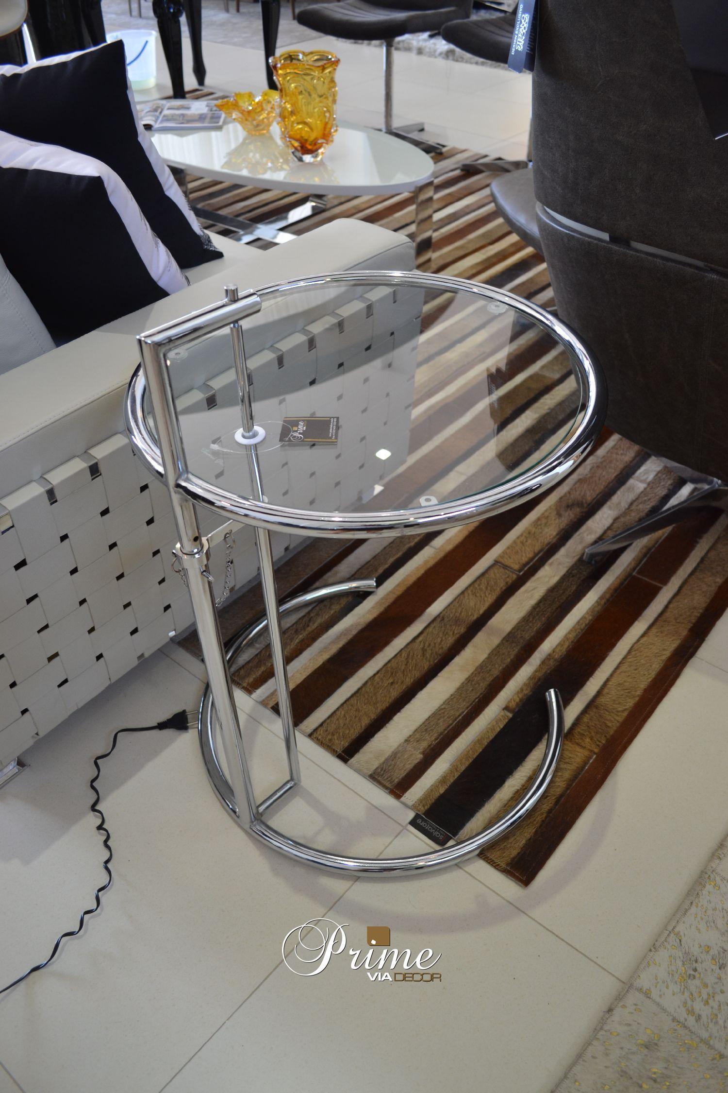 Mesa lateral redonda vidro cromado