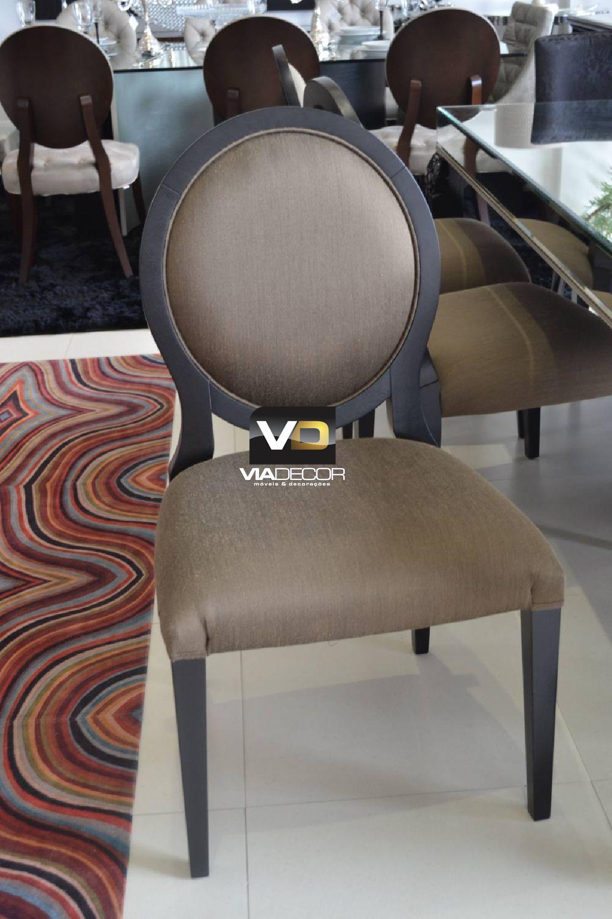 Cadeira Medalhão tecido